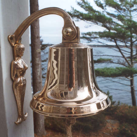 Mermaid bracket with M17 size unlettered bronze bell